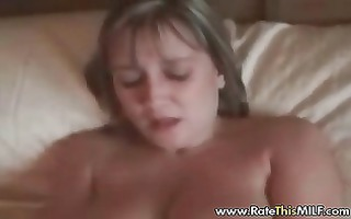 breasty milf in nylons