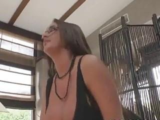 Bigassed British bimbo Emma Butt