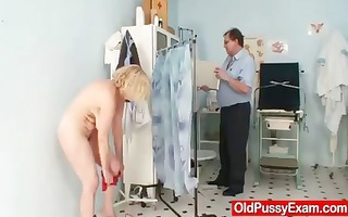 unshaved vagina lady tamara embarrassing doctor