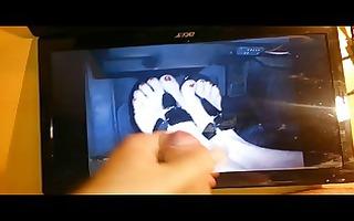 cum tribute on shomp sexy wife feet with flip