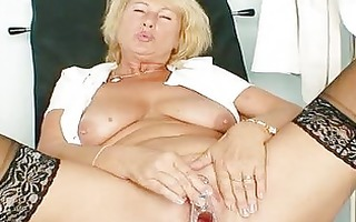 blonde d like to fuck greta big natural tits and