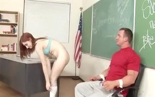 innocent student learns deepthroat