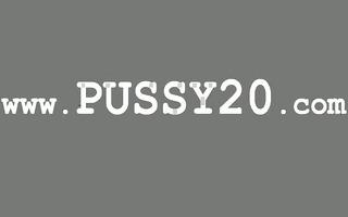 solo sexy brunett masturbation