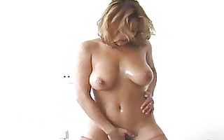 sexy hotty lubes up to ride the sybian