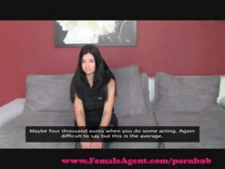Sexy brunette Sylvia has a lesbian encounter with