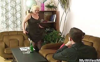 naughty mom receives shagged after photosession