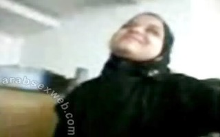 asw704-arab-blowjob-in-hijab-from-egypt-tm2