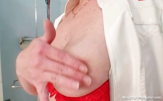 golden-haired big love melons milf spreading