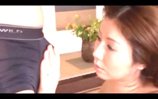 asian mature engulfing slong and receiving