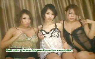 saki ootsuka and romihi nakamura and haruka