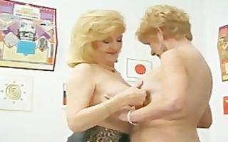 kitty foxx and diana richards granny lesbian babes
